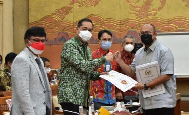 Kapoksi Gerindra, Andre Rosiade usai rapat kerja Komisi VI DPR RI dengan beberapa Menteri, Senin (23/8). (Dok: Istimewa)