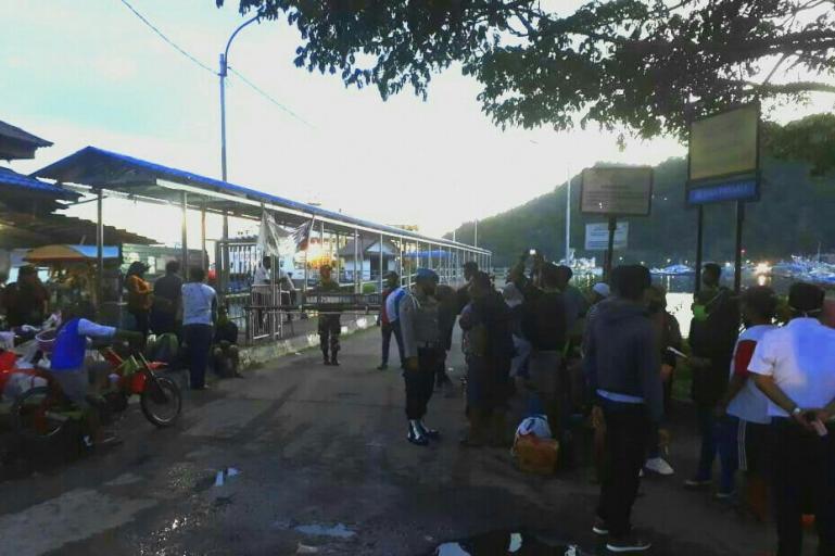 Jumlah Penumpang yang menuju Mentawai sempat membeludak di Pelabuhan Bungus, Minggu malam (31/5). (Dok :Istimewa)