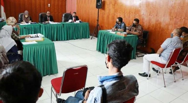 Arif Yumardi memimpin sidang sengketa informasi dengan termohon PT Jasindo Padang, Selasa (31/8). (Dok : Istimewa)