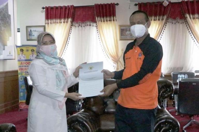 Wali Kota Pariaman, Genius Umar saat menerima kehadiran tim BPK Sumbar, Senin (29/3). (Dok : Istimewa)