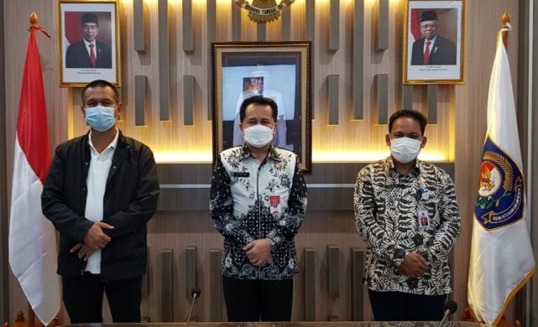 Wali Kota Genius Umar saat menemui Kepala BPP Kemendagri RI, Agus Fatoni, Jumat (12/2). (Dok Istimewa)
