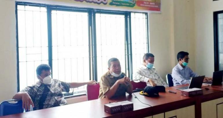 Disdikpora dan Dewan Pendidikan Kota Pariaman bahas kurikulum mitigasi bencana bagi sekolah di kota itu, Selasa (7/9). (Dok : Istimewa)