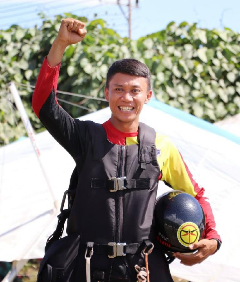 NSR Yalatif M peraih emas pertama untuk Sumatera Barat di cabang olahraga Gantole pada PON XX Papua 2021. (Dok : Istimewa)