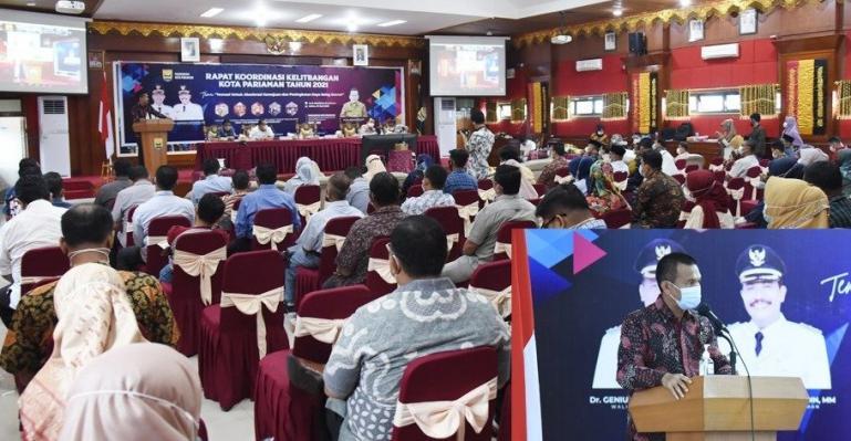 Wako Genius Umar saat beri sambutan dalam pembukaan rakor Kelitbangan Kota Pariaman, Sabtu (19/3). (Dok : Istimewa)