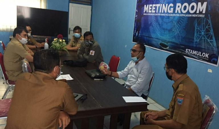 Suasana koordinasi dan supervisi  KI Sumbar dengan PPID Utama dan Kepala Bappeda Mentawai, Senin (14/12). (Dok : Istimewa)