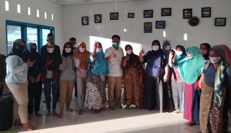 Cawagub Indra Catri saat babarito di Sungai Pisang, Kelurahan Bungus Teluk Kabung Selatan, Kacamata Bungus Teluk Kabung, Kota Padang