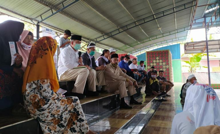 Cagub Nasrul Abit saat dialog dengan warga Nagari Koto Sani, Kabupaten Solok, Minggu (29/11). (Dok : Istimewa)