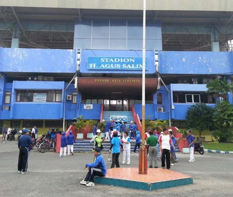 Komplek GOR Agus Salim Padang biasa dimanfaatkan masyarakat untuk aktivitas olahraga. (Dok : Istimewa)