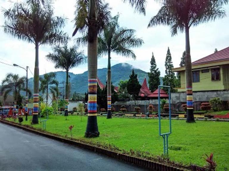Salah satu sudut suasana di dalam lingkungan SMA Negeri 1 Padangpanjang. (Dok : Istimewa)