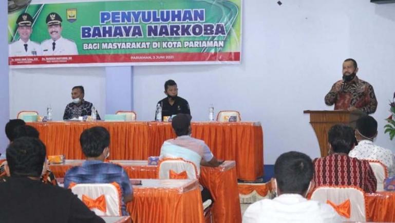 Wakil Wali Kota, Mardison Mahyuddin beri arahan pada penyuluhan bahaya narkoba kepada utusan desa di kota itu, Kamis (3/6). (Dok : Istimewa)