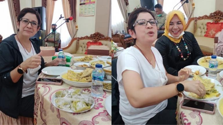 Anggota DPR RI, Nurul Arifin terlihat menikmati gulai kapala lauak yang disuguni Wawako Mardison Mahyuddin saat jamuan makan siang, di Pariaman, Sabtu (6/2). (Dok : Istimewa)