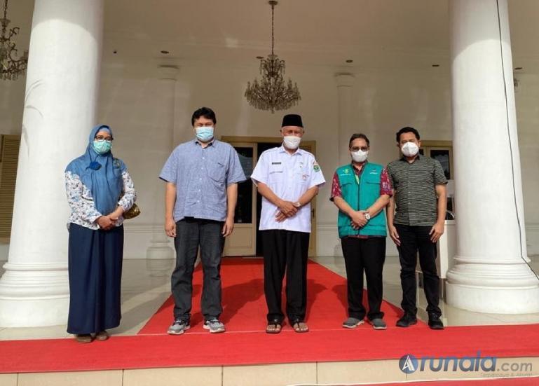Pengurus POGI Sumbar sesuai bertemu Gubernur Sumbar, Mahyeldi Ansharullah, Kamis kemarin (9/9). (Foto : Fajril)