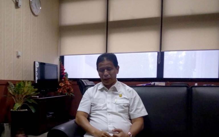 Sekretaris DPW PAN Indra Dt Rajo Lelo saat ditemui di ruangannya, kantor DPRD Sumbar, Rabu (24/6). (Dok : Istimewa)