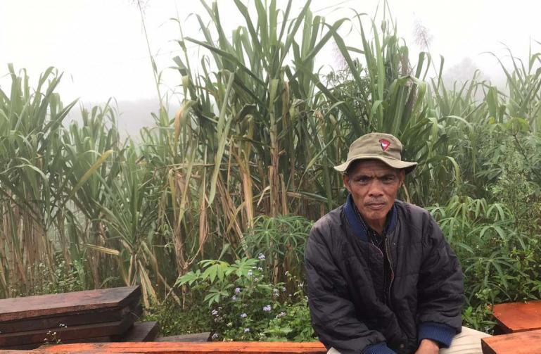 Marlin Tanjung, seorang petani Tebu Lawang yang mengaku penjualan Tebu Lawang menurun. (Dok :Istimewa)