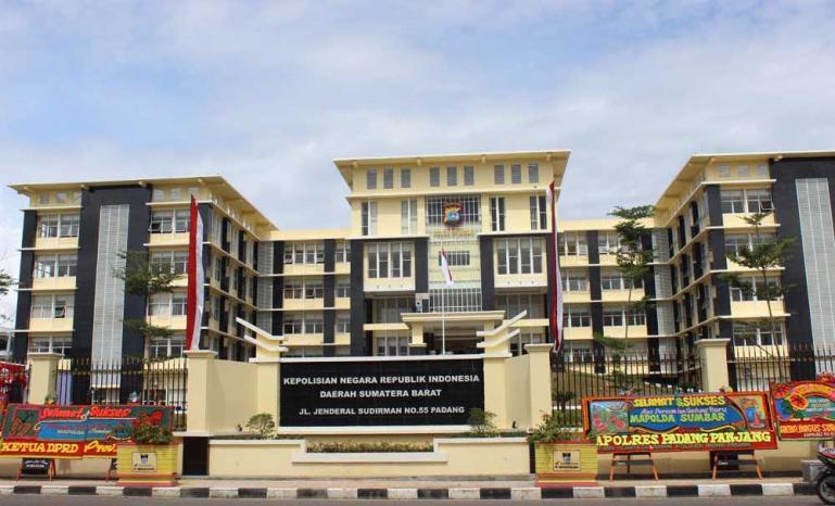 Gedung Mapolda Sumbar (Dok : Istimewa)