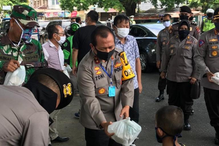 Kapolda Sumbar Irjen Pol Toni Harmanto didampingi Ketua Bidang Operasional HTT Albert Hendra Lukman di Kota Padang, Kamis (Foto : Istimewa/Antara Sumbar)