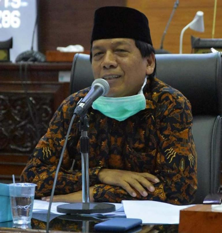 Wakil Ketua DPRD Sumbar Suwirpen Suib. (Dok : Istimewa)