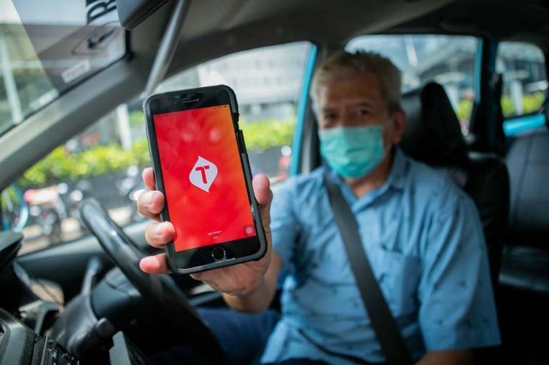 Telkomsel dan Bluebird hadirkan solusi teknologi digital dalam meningkatkan produktivitas operasional terutama kepuasan kerja para pengemudi. (Dok : Istimewa)