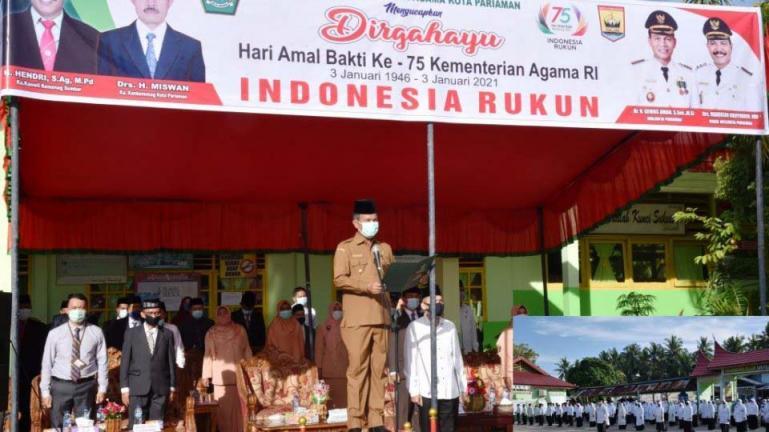 Wako Genius Umar pimpin upacara HAB ke-75 di MTSN 1 Kota Pariaman, Selasa (5/1). (Dok : Istimewa)