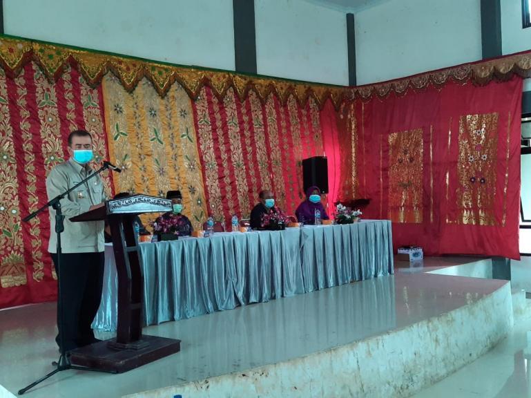 Wakil Gubernur Nasrul Abit saat kunjungan kerja di Nagari Talu Kecamatan Talamau Kabupaten Pasaman Barat, Kamis (17/9). (Dok : Istimewa)