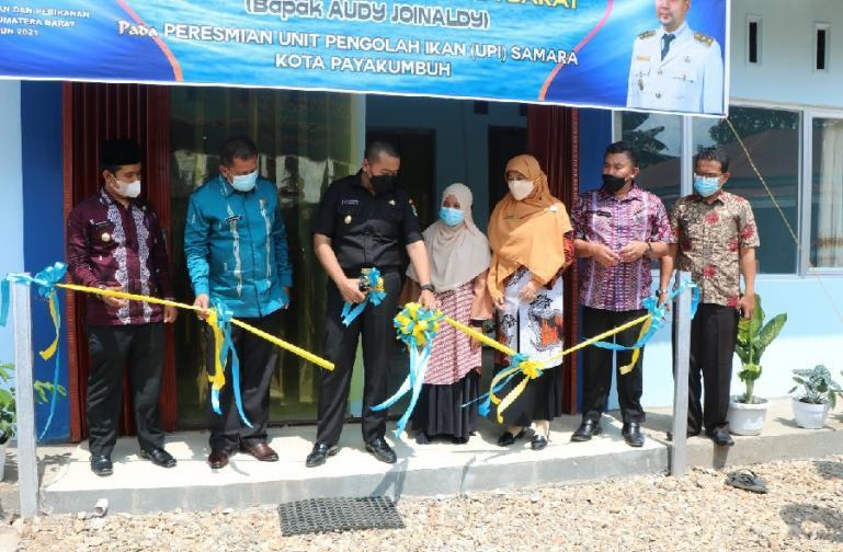 Wagub Sumbar Audy Joinaldy meresmikan bangunan UPI Samara di Kota Payakumbuh, beberapa hari lalu. (Dok : Istimewa)
