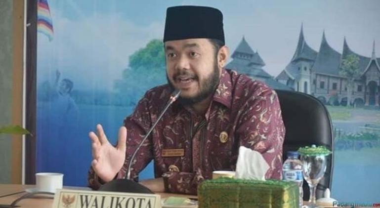 Wali Kota Padangpanjang Fadly Amran (Dok : Istimewa)