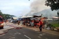 3 Unit Rumah Terbakar di Pagaruyung