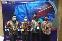 Anggota PFI Padang Sabet Gelar