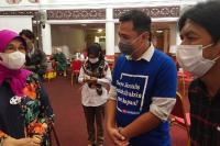 Emma Yohanna Apresiasi Wartawan di Padang