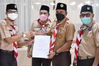 Hendri Gantikan Genius sebagai Ketua Kwarcab