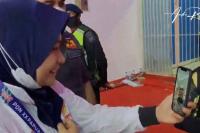 Karateka Sumbar Fadila Rahmi Raih Perak