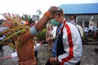 Nasrul Abit Akan Bangun Pabrik Pengolah Pisang Mentawai
