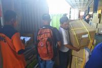 Pemerintah Segera Distribusikan Ratusan Ribu APD