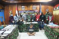 Satgas Pamtas Entikong Gagalkan Penyeludupan 5 Kg Sabu Asal Malaysia