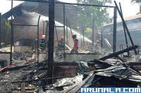 Satu Rumah Semi Permanen Ludes Terbakar