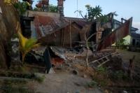 Tiga Warga Meninggal Dunia Tertimpa Reruntuhan Bangunan